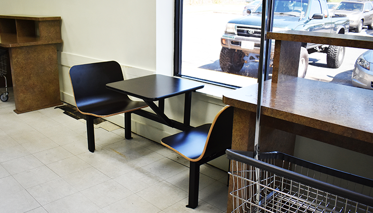Wallower Laundromat Seating