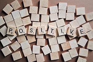 give positive feedback