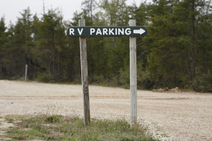Rv parking sign