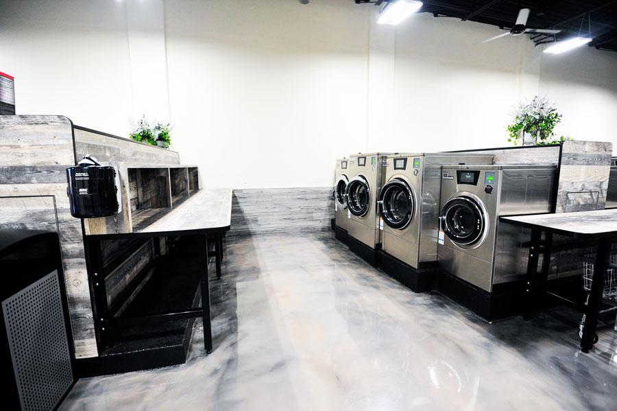 Spot Laundromat Front Royal, Folding Area