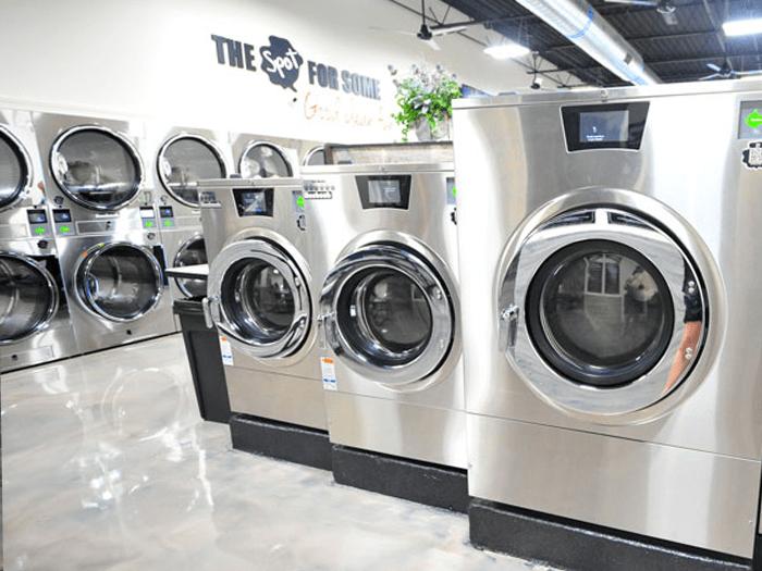Spot Laundromat Front Royal Interior View